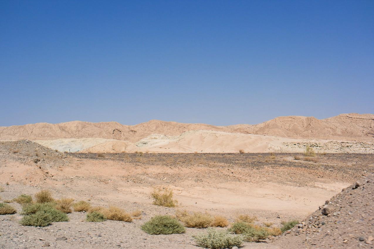 Pustynny bezkres w drodze do Abyaneh