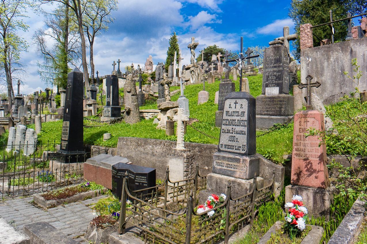 najwieksze-atrakcje-wilna-cmentarz-na-rossie