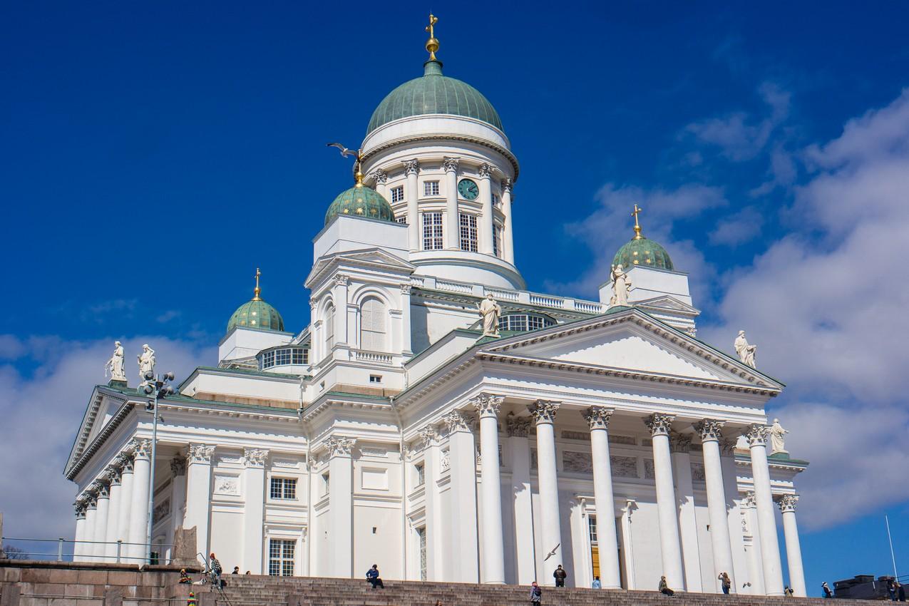 najwieksze-atrakcje-helsinek-katedra-luteranska