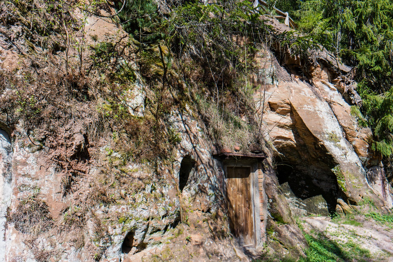 jaskinie-w-ligatne